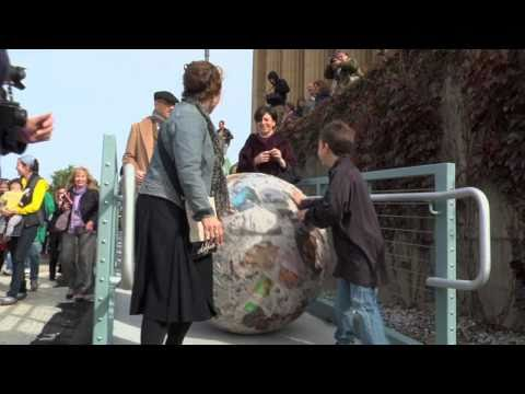 Philadelphia Museum of Art: Walking Sculpture with Michelangelo Pistoletto