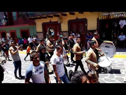 Xiqueñada 2018 Xico Veracruz Toritos y arco floral