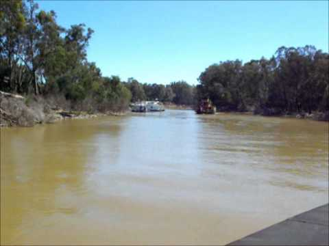 Cruise on the paddlesteamer PS Canberra, Echuca, Australia
