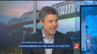 Gambar cover Chattanooga Mayor Andy Berke on Eyewitness News TODAY