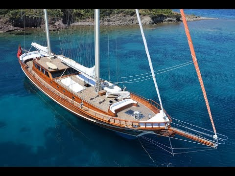 Luxury gulet yacht sailing charters & Blue Cruise holidays in Turkey & Greece. SMYRNA