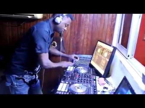 DJ CHRISTIAN BOBBY 1er DEMO-MIX BIKUTSI