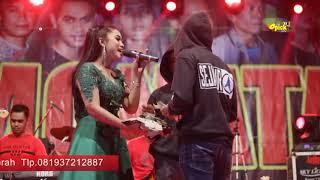 Download lagu MANTAP SAWERAN GK BERHENTI MONATA Live Desa Gigir Anisa Rahma Mawar putih MP3