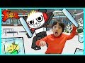 Ryan ToysReview VS. Combo Panda on Roblox! Ice Breaker Epic Game!