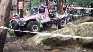 Baixar Tuff Truck 2012 - Army Barbie LJ50 Mini Wiraba