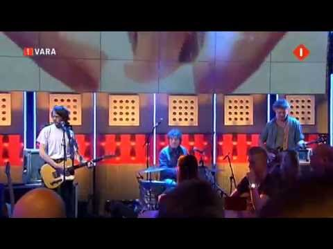 Hallo Venray - Two Feet (Live in DWDD)