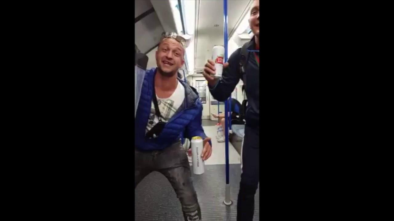 Gogoșaru și Hoțu, din Câmpia Turzii, fac show în metroul londonez