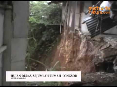 Hujan Deras, Rumah Longsor Mp3