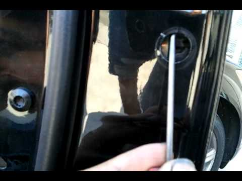 Sal S Premium Auto Collision Removeing Outside Handle Of A