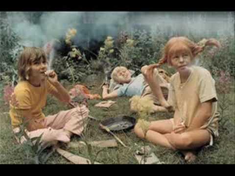 Resultado de imagen de pipi fumando