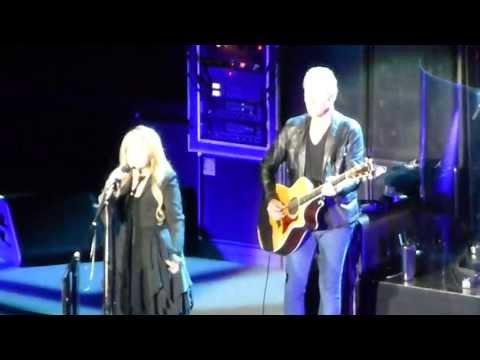 Fleetwood Mac - Landslide - Manchester Phones 4u Arena - 01/10/13