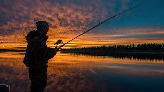 Рыбалка на щуку на Ямале, река лодка салют мотор mercury  14 08 2016 r(Съездили на рыбалку, половили щуку, отдохнули! видео мало наснимал но моменты небольшие успел!, 2016-08-28T12:23:57.000Z)