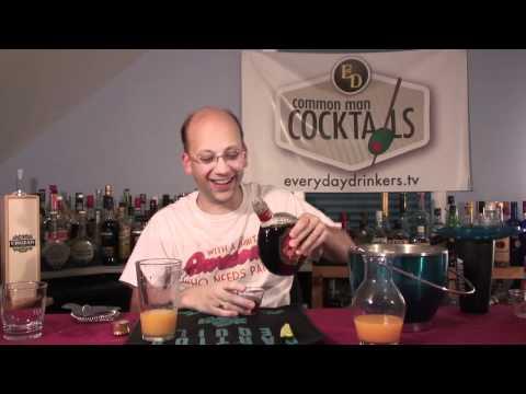 How To Make The Amaretto & Orange Juice