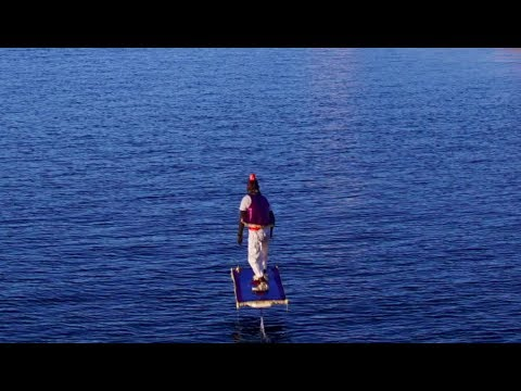 Aladdin Magic Carpet Prank, Sea Edition with Hydrofoil