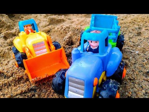 Мультики про машинки. Синий трактор едет домой и попадает в песчаную бурю. Машинки. Мультики.