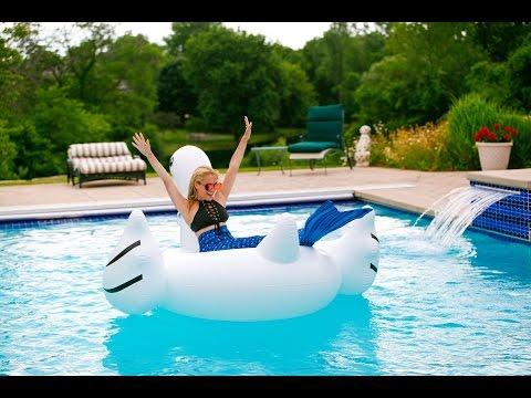Behind the Scenes: Mermaid Photoshoot!