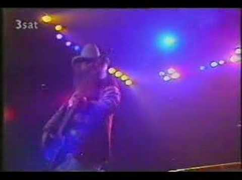 "ZZ Top - ""Groovy Little Hippy Pad"" - Live 1982"
