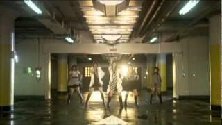 2010年1月6日発売の11thシングル『SHOCK!』初回生産限定盤の特典DVDに収録されているダンスショットバージョンです。 amazon⇒ http://amzn.to/aYpKni.