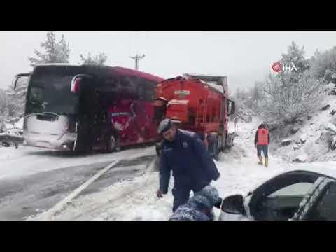 Antalya Konya Karayolunda Yoğun Kar Yağışı