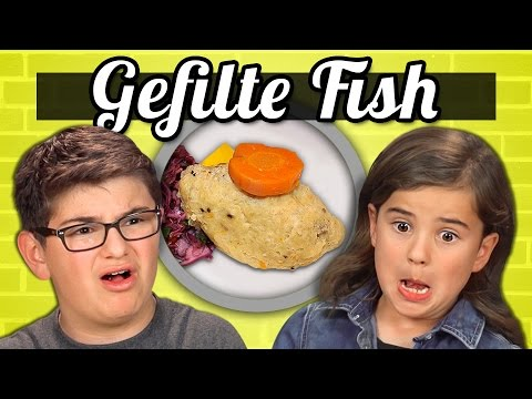 KIDS Vs. FOOD - GEFILTE FISH
