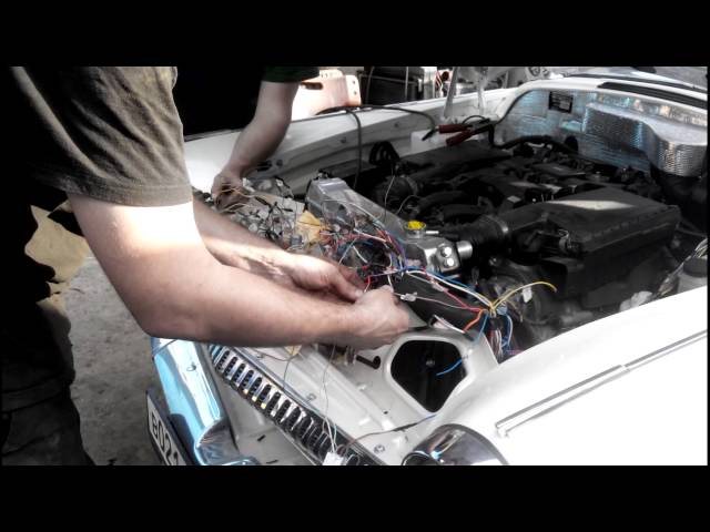 Фото к видео: ГАЗ-21 с 1ur-fse V8 4.6л 385л.с. с акпп-8 первый