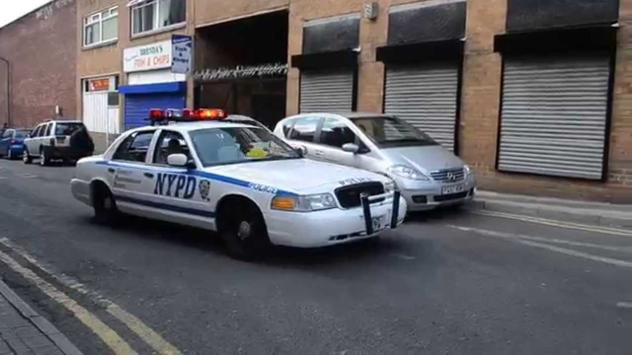 Lapd Lincoln Continental Nypd Crown Victoria In Action Youtube