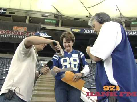 susie wins 10,000 at the Hoosier dome...aka...RCA dome