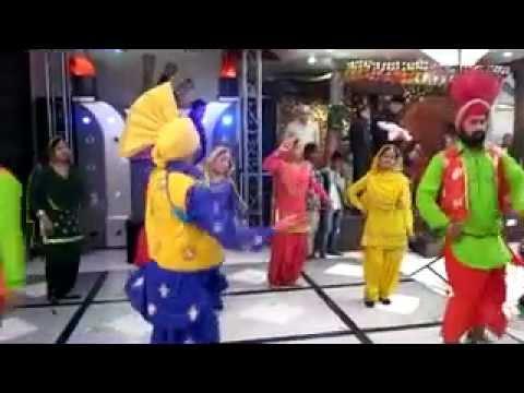 Rainu Event™ Bhangra Giddha Performing Batua on 2-11-11