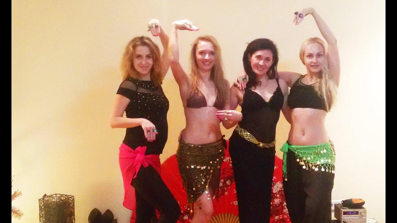 Секс танцы со змеями