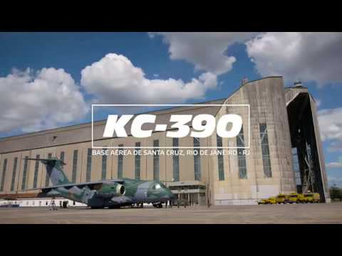 KC-390 Air to Air Refueling