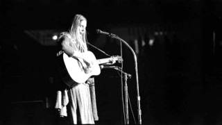 "Joni Mitchell and Pete Seeger duet - ""Both Sides, Now"""