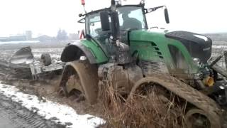 Fendt 939 on T Due Tracks Extreme Conditions