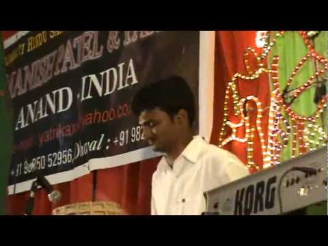 Dhavaln364 | Navratri 2011 | Kukda Tari | South...