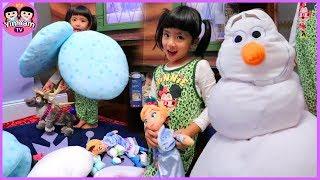 หนูยิ้มหนูแย้ม   เที่ยวฮ่องกงดิสนีย์แลนด์ EP4   แนะนำตุ๊กตาในห้องเอลซ่า
