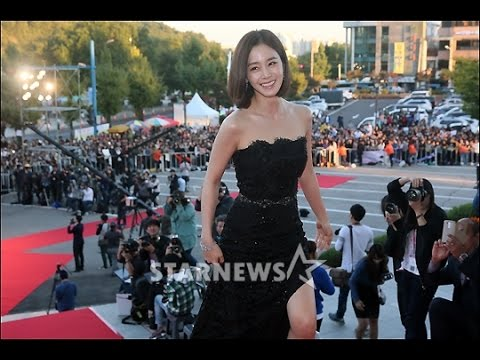 Photo of kim tae hee ภาพยนตร์ – [Fancam] 2015.10.09 Kim Tae Hee @ Korea Drama Awards 2015 (1)