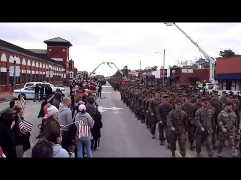 2ND MARINE DIVISION 75th ANNIVERSARY MARCH THROUGH DOWNTOWN JACKSONVILLE, NC