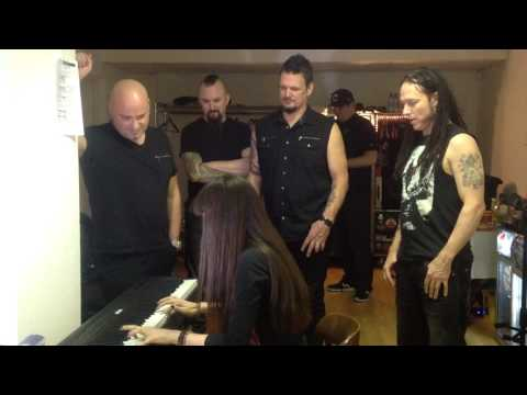 Meet & Greet with DISTURBED The Night + Run + Hell on Dans keyboards Diana Vasilyan