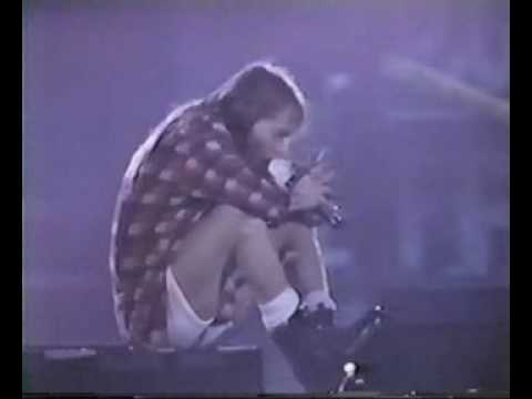 Patience Live Oklahoma With Axl's Cough - Great Performance!!!