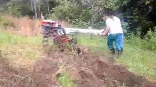 Download Video Cara muda belajar mengoperasikan hand tractor. MP3 3GP MP4