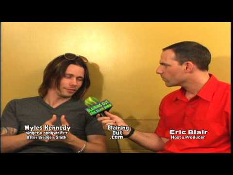 Alter Bridge/Slash's Myles Kennedy talks w Eric Blair 2001