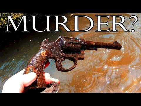 GUN FOUND Magnet fishing for River Treasure