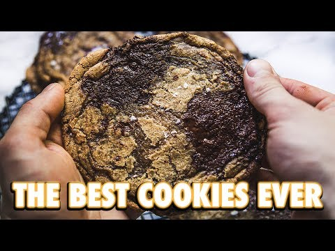 The Ideal Chocolate Chip Cookie + A Cookie Hack