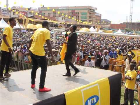 EKIGGUNDA 2015: KAPALAGA BAIBE LIVE ON STAGE