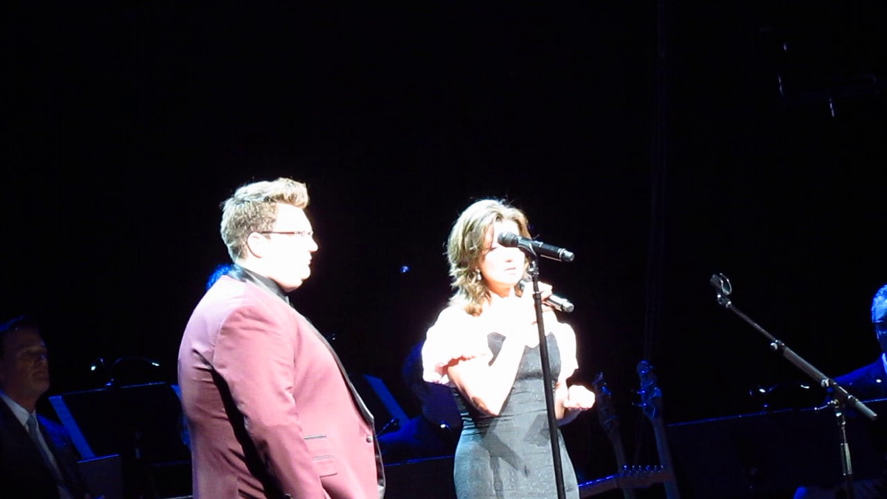 Amy Grant And Jordan Smith - Grown-Up Christmas List (Live From ...