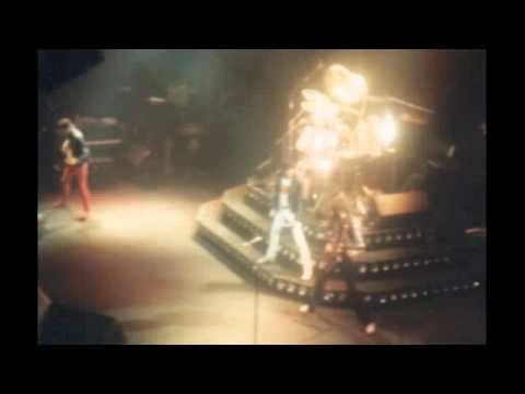 17. Imagine (Queen-Live In Frankfurt: 12/14/1980)
