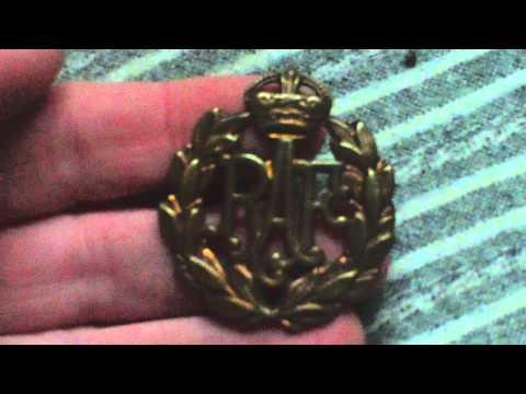 WORLD WAR TWO RAF OTHER RANKS BRASS CAP BADGE