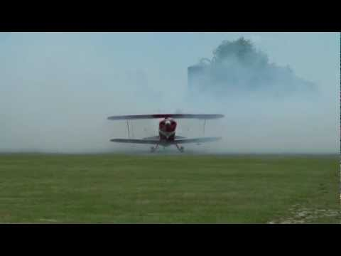 Pitts Special S-2B aerobatic Biplane in action