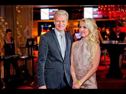 Sir Dr Allan Gary Oolo elulooraamatu väljaandmise pidulik gala, Hilton Hotel Casino, Tallinn