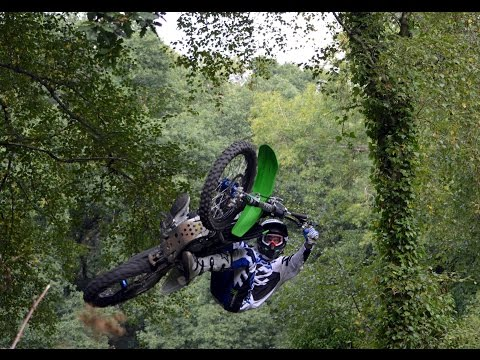 Andre Villa & Jamie Squibb - FMX & Freeride Session In The UK Woods!