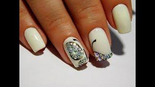 Бабочки из страз ТОП Красивый и простой летний дизайн ногтей
